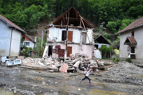 Poplave u regiji: ekonomske politike i prirodne katastrofe