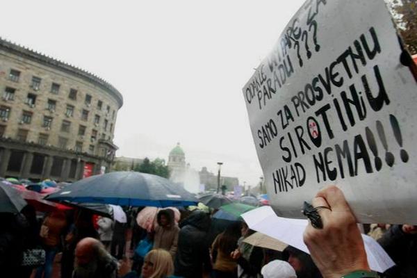 Žrtvovani prosvetari i solidarnost među radnicima
