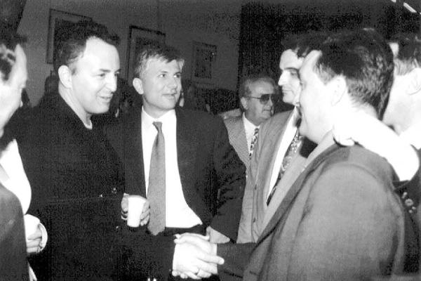 """Foto: dr. Zoran Đinđić sa Željkom Ražnatovićem """"Arkanom"""""""