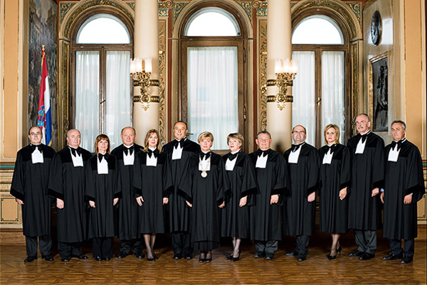 Ustavni sud: vidljiva ruka tržišta