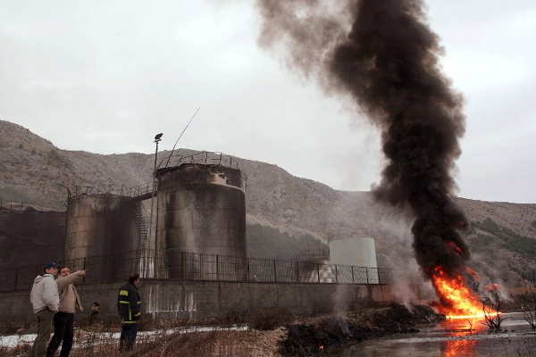 Albanska naftna industrija: iz katastrofe u katastrofu