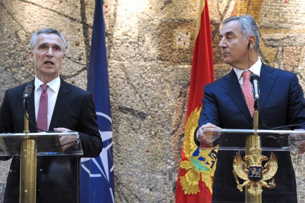"""Crna Gora u NATO-u: iznevjereno """"majčinstvo"""" i oportunistički zaokreti"""