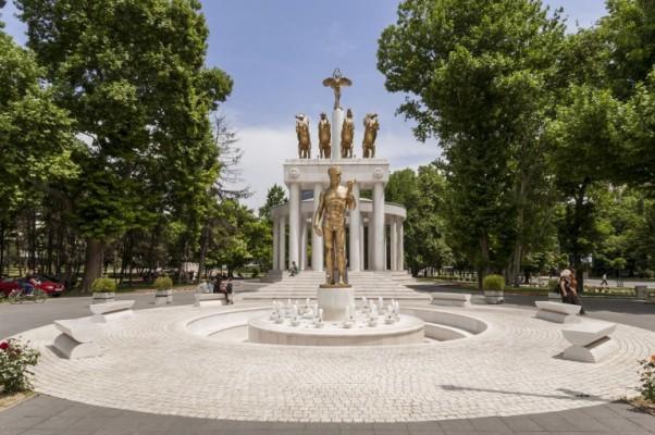Fingirana rešenja makedonske krize