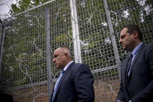 Foto: AFP / Nikolaj Dojčinov / Žičana ograda na granici Bugarske i Turske