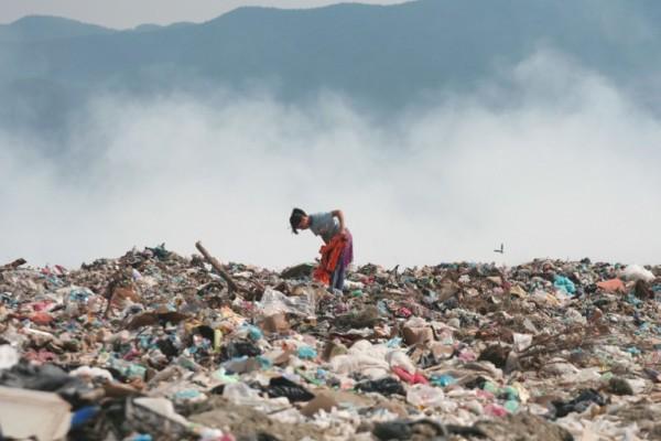 Albanski otpor uvozu otpada