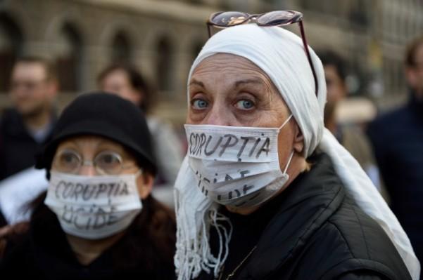 Foto: AFP / Daniel Mihailescu / Prosvjed zdravstvenih radnika