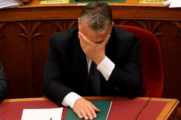 Foto: AFP / Attila Kisbenedek / Mađarski premijer Viktor Orban prilikom izglasavanja ustavnog amandmana o masovnoj deportaciji izbjeglica iz Mađarske