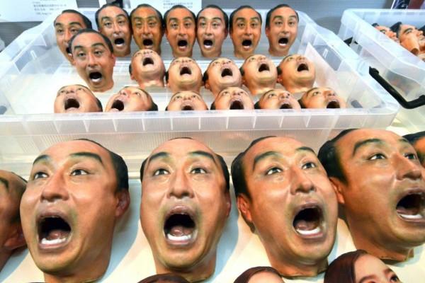 Foto: AFP / Yoshizaku Tsuno / 3D printane figurice izložene na tech expo u Tokiju 2015.