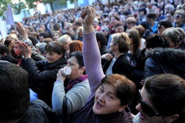 """Uporni protesti crnogorskih """"majki"""""""