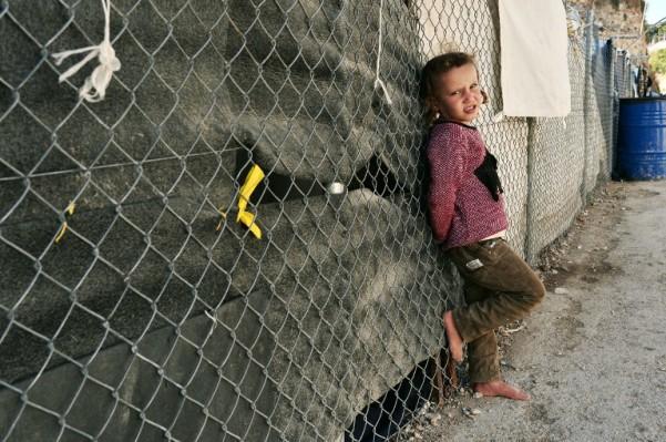 Foto: AFP / Louisa Gouliamaki / Dijete izbjeglica u kampu u Grčkoj
