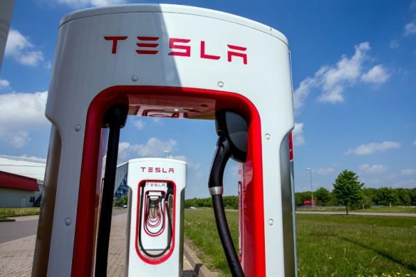 Daleko od mogućnosti: električni automobili u Grčkoj