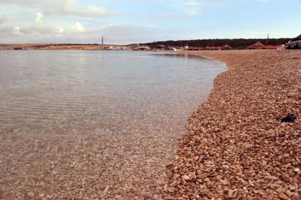 Pravo na plažu: od javnog dobra do unosnog biznisa
