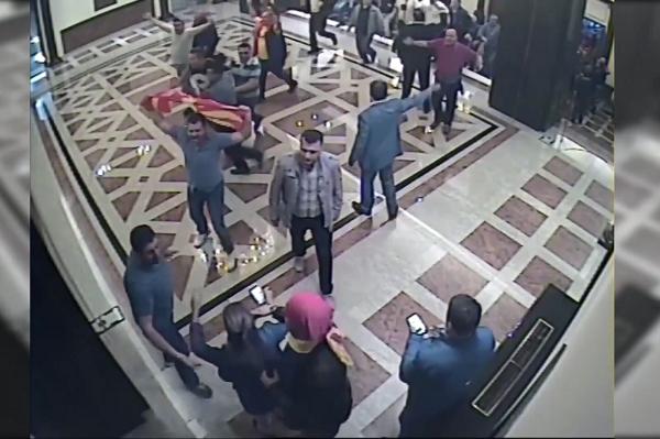 Foto: Screenshot sa snimaka nadzornih kamera u Sobranju