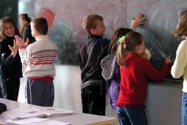 Obrazovna reforma: pražnjenje učionica, glava i džepova