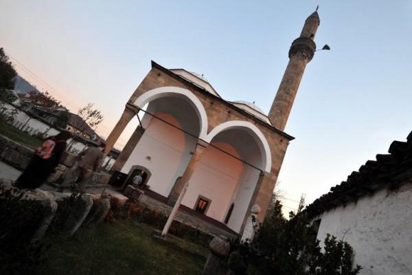 Religijska (ne)ravnopravnost u Srbiji