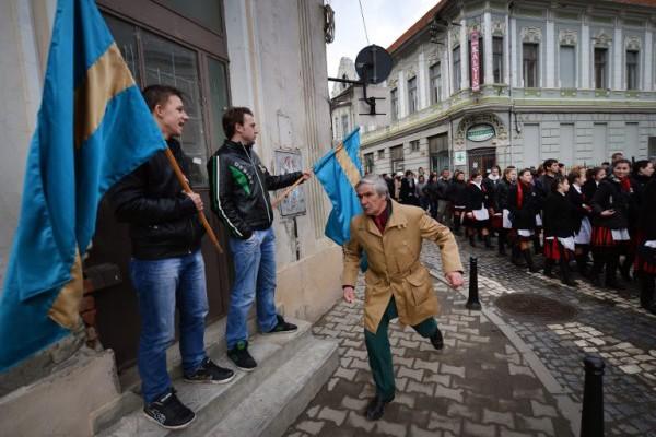 Rumunjski Mađari u zamci neoliberalnog regionalizma