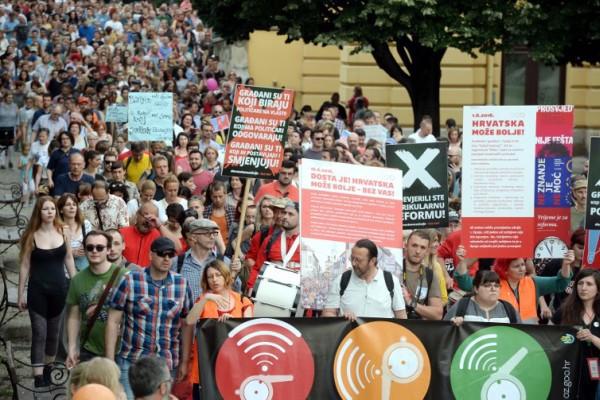 Foto: AFP / Stringer / Prosvjed za kurikulum, Zagreb 1. juna 2017.