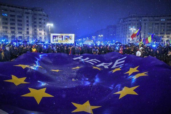 "Rumunjska ""paralelna država"": političke fantazije jalovog populizma"