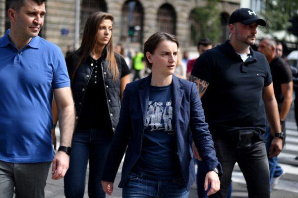 Žene u Srbiji na razmeđu tradicije i emancipacije