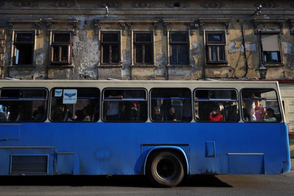 Javni prevoz, privatni profit