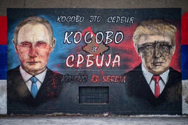 """Trump """"prodao"""" pa """"spasio"""" Kosovo"""
