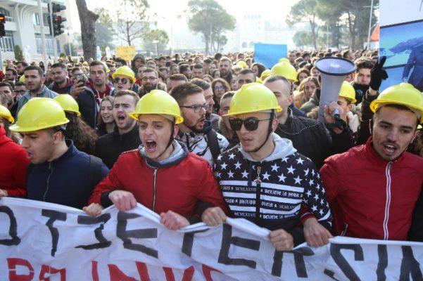Od studentskog prosvjeda do krize vlade