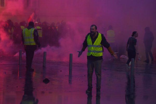 Žuti prsluci: nova faza krize eurointegracija