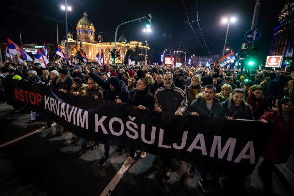 """""""Normalan život u normalnoj zemlji"""": kuda vode protesti u Srbiji?"""