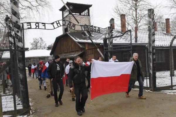Fašisti u Auschwitzu. Kako to?
