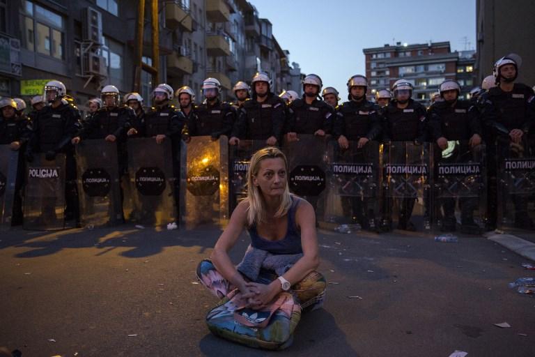 Okupiran ali ne i oslabljen Vučić