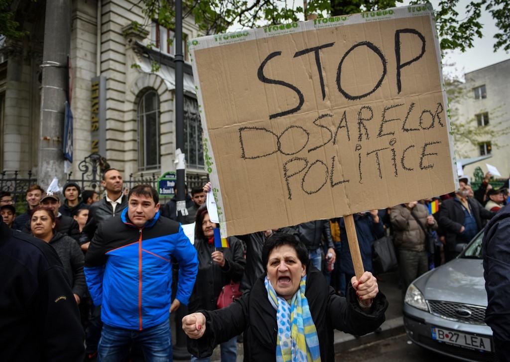 """Smrt """"baruna"""": rumunjska tranzicija traži novi oslonac"""