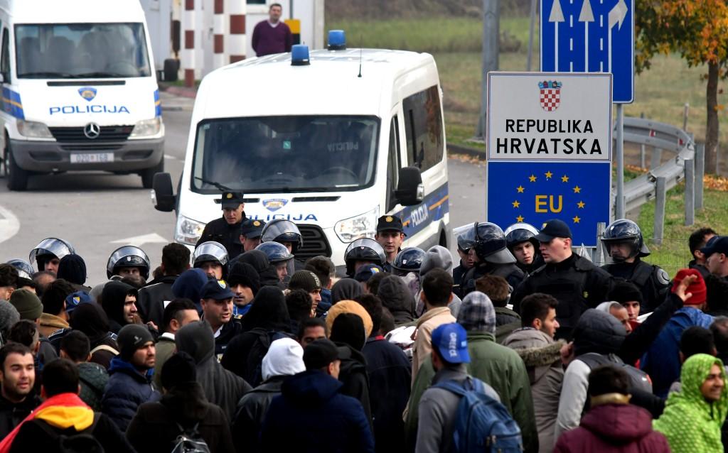 Hrvatske anti-izbjegličke ograde i nacionalna nevinost