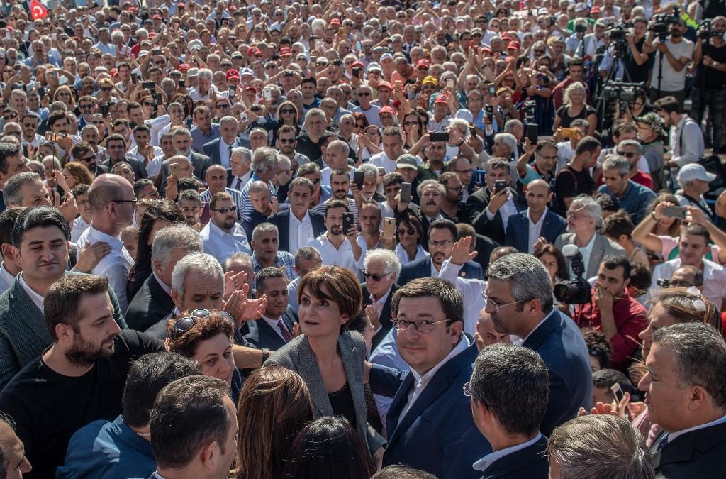 Erdoğanov poučak: ako ih ne možeš pobijediti – strpaj ih u zatvor