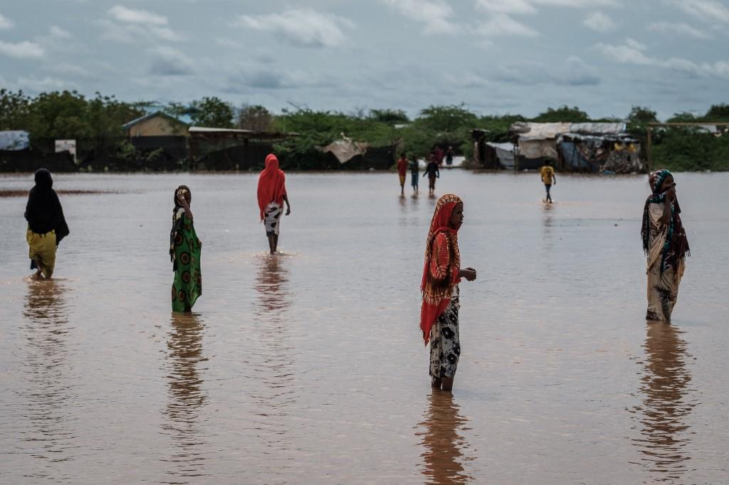 Trostruka afrička kriza