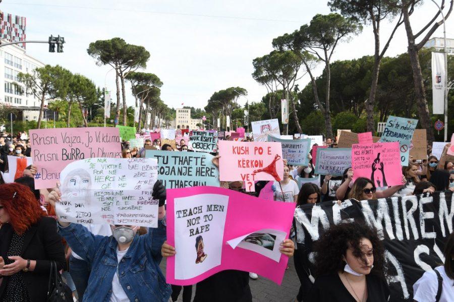 Prosvjed protiv seksualnog nasilja u Tirani