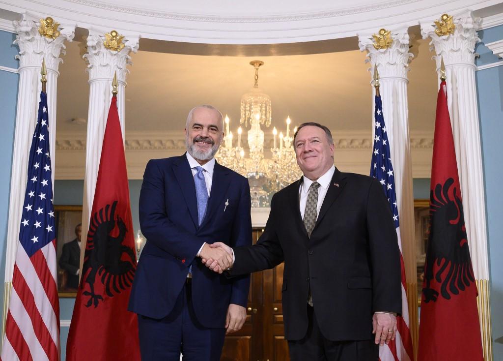 Što leži iza zabrane MHE u Albaniji?