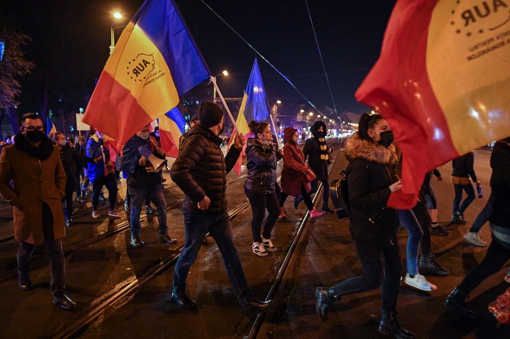 Udvaranje fašizmu: rumunjska ekstremna desnica ulazi u parlament
