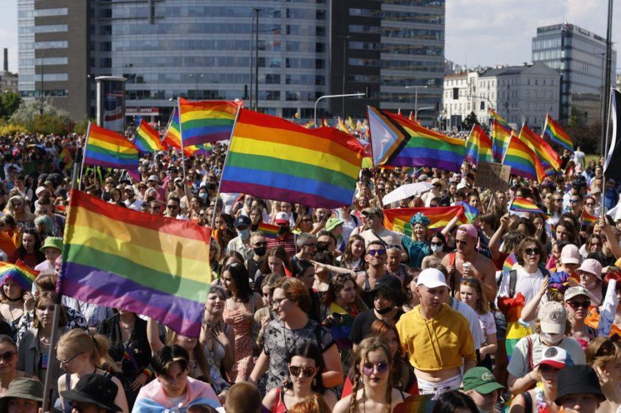 "Poljska povlači ""LGBT-free zone"" pod pritiskom EU"