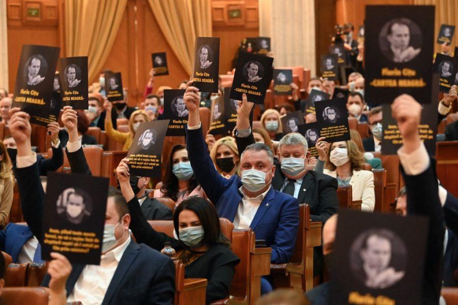 Rumunjska desna koalicija na putu propasti?