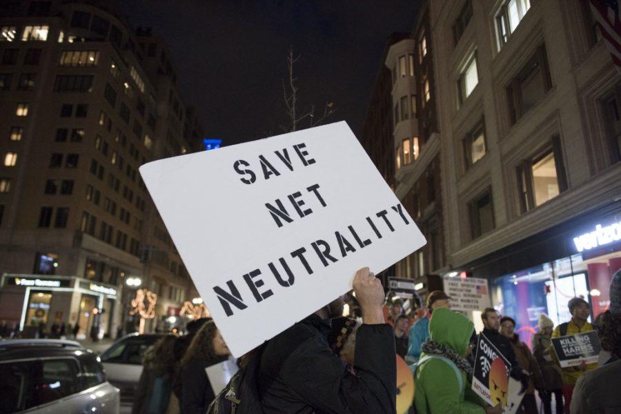 Vertikalna integracija, otvoreni internet… i klasna borba